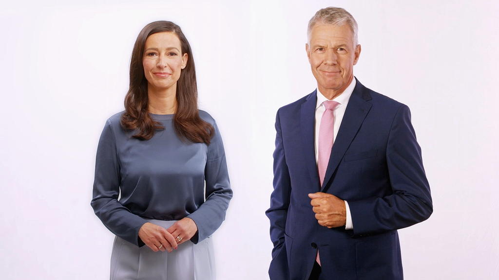 Peter Kloeppel und Pinar Atalay moderieren am Sonntag die Wahlsendung ab 17 Uhr. Schon ab 12 Uhr stimmen wir Sie auf den spannenden Wahlabend ein.