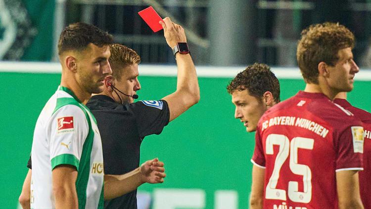 FCB siegt in Fürth! - Ticker zum Nachlesen: Bayern-Rot, Eigentor und Nagelsmann-Gelb