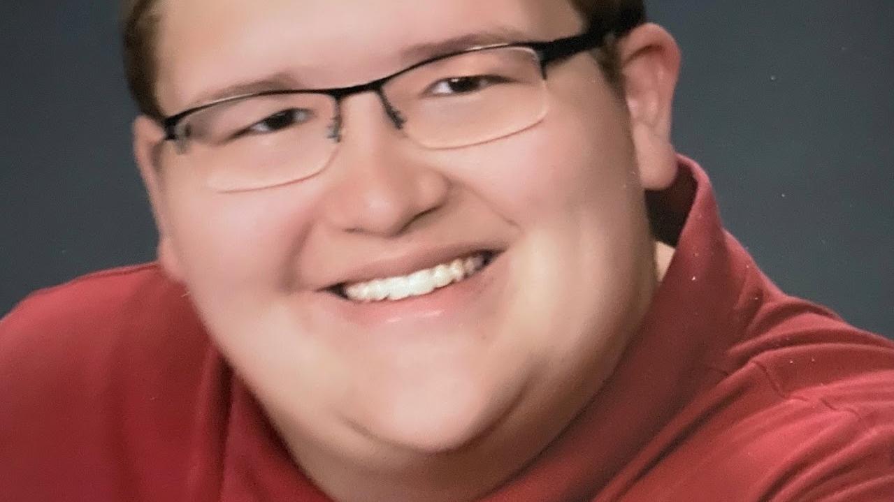In Erinnerung an den verstorbenen Adam Oakes (19) hat seine Familie eine Internet-Seite erstellt.