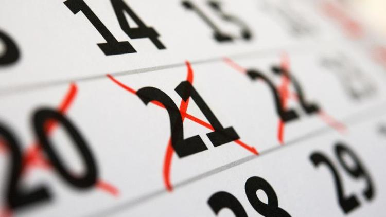 Anwalt erklärt, wann das geht - Resturlaub mit ins neue Jahr nehmen?