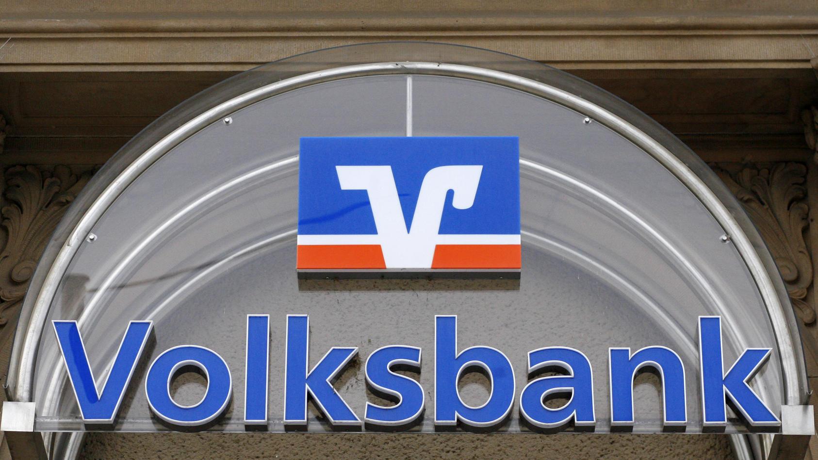 Viele Banken und Sparkassen verlangen von ihren Kunden Strafzinsen.