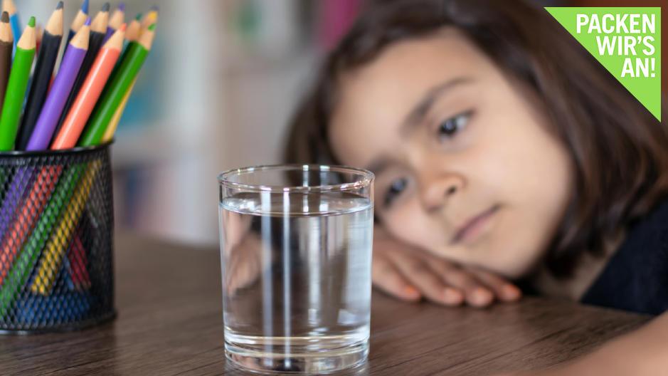 Ihr Kind ist ein Trinkmuffel? Diese Tipps können helfen