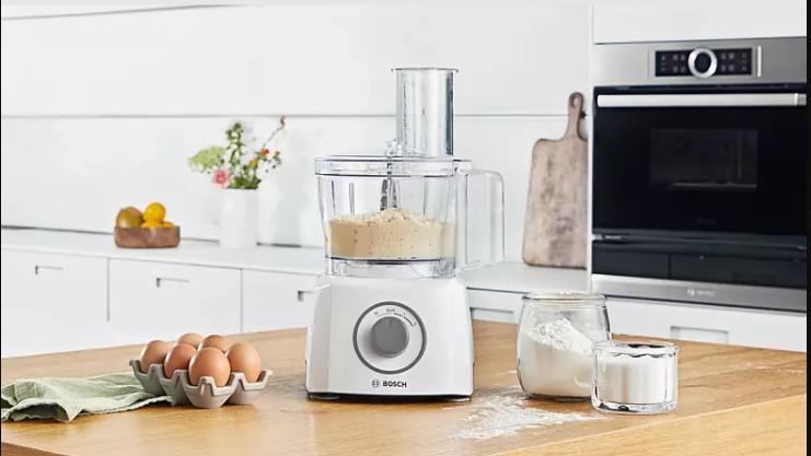 Die Küchenmaschine von Bosch ist bei Lidl nun reduziert. Doch lohnt sich der Kauf?