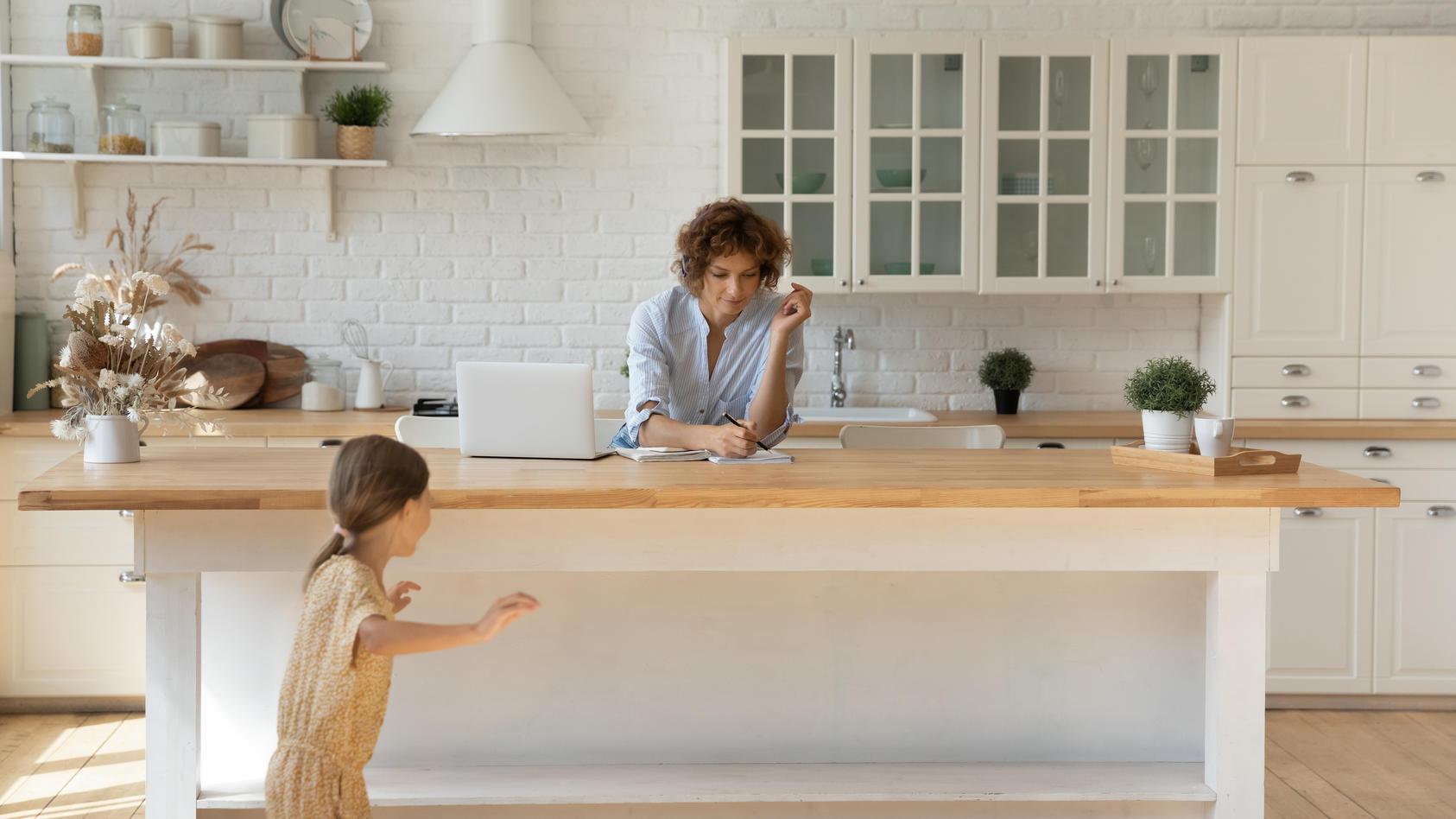 Mit Möbeln im Landhausstil - In 3 Schritten zum Interior-Traum