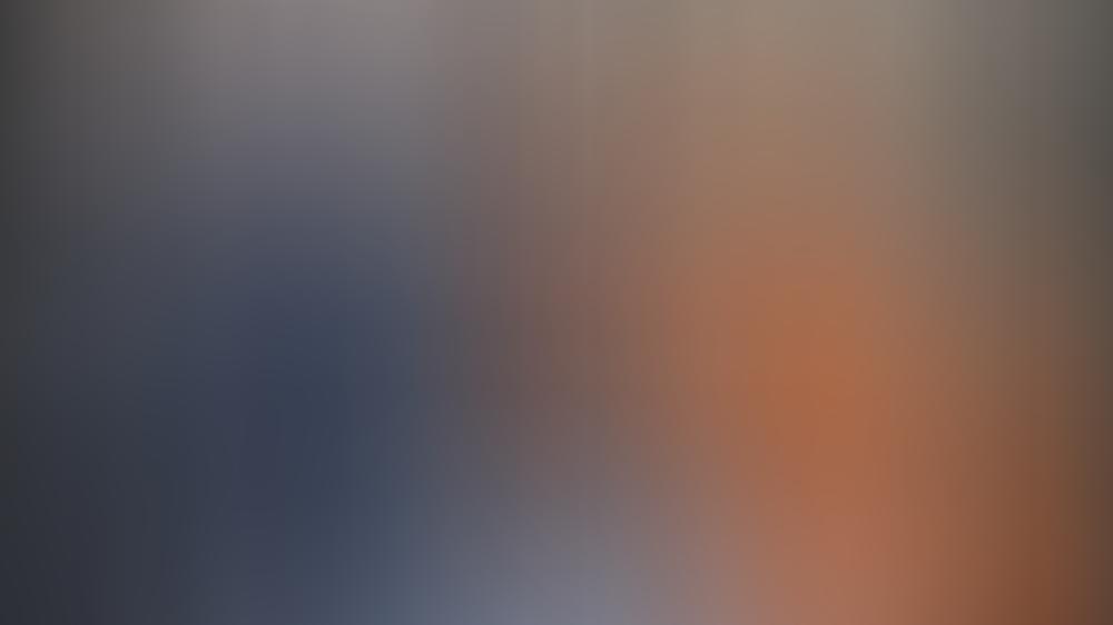 Queen Elizabeth II. ist zurück in London und hat vor dem Buckingham Palast ihre erste große Veranstaltung seit Ausbruch der Corona-Pandemie abgehalten.