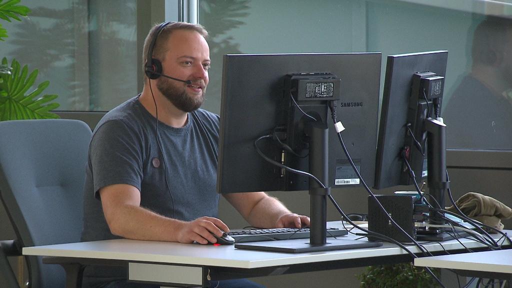 Thomas Mildschlag im Büro