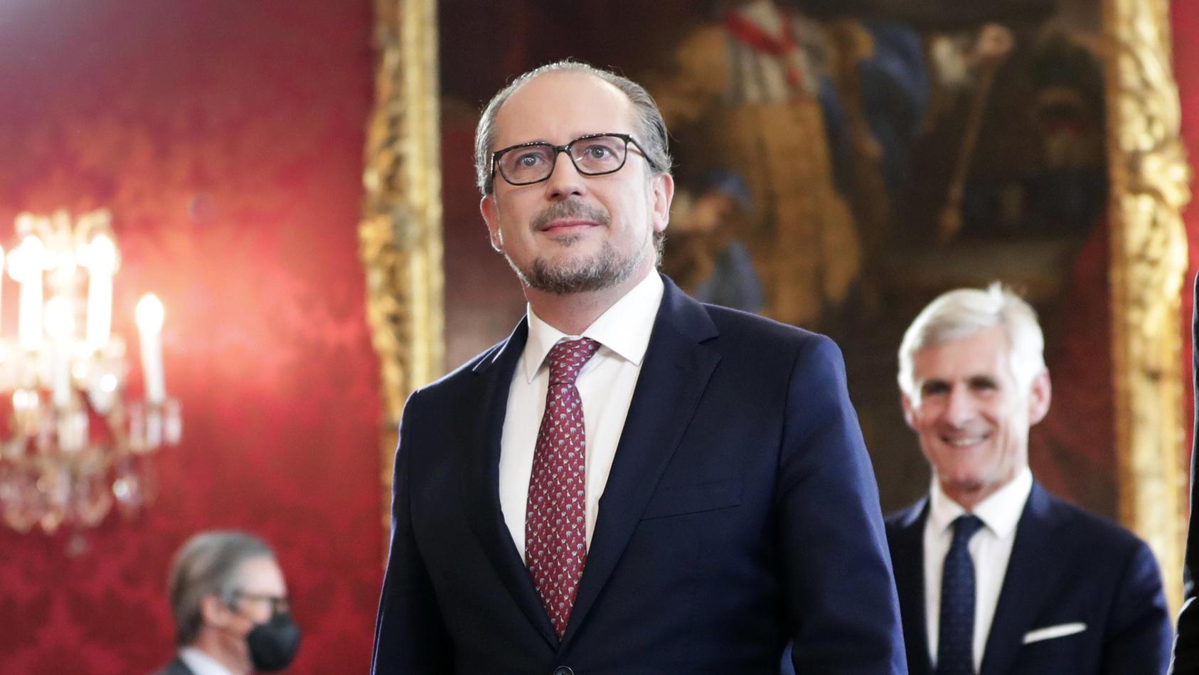 Vereidigung von Österreichs neuem Bundeskanzler Schallenberg in Wien.