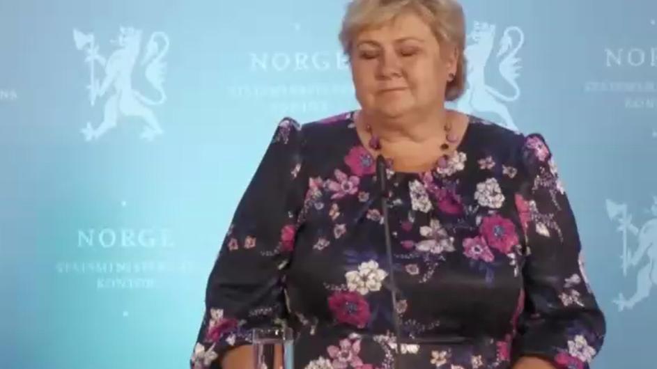 Erna Solberg äußerte sich zum Attentat in Kongsberg.