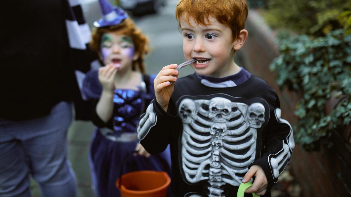 Gibt es an Halloween 2021 Süßes oder Saures? Das hängt vielleicht auch vom Kostüm der Kinder ab