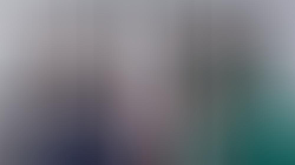"""Ein Blick hinter die Kulissen von """"Squid Game"""" mit Regisseur Hwang Dong-hyuk (l.)."""