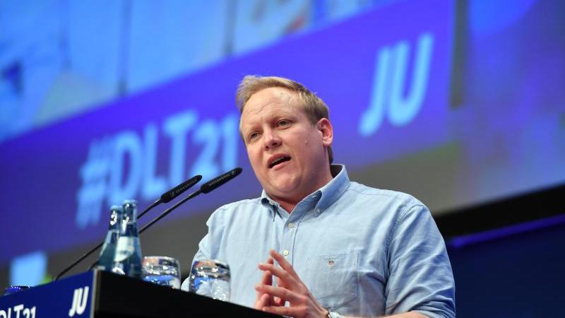 tilman-kuban-vorsitzender-der-jungen-union-ju-spricht-foto-bernd-thissendpa