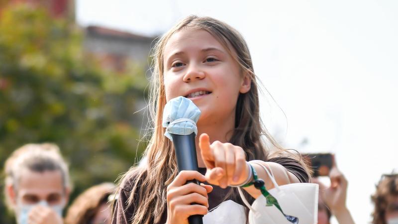 die-schwedische-klimaaktivistin-greta-thunberg-foto-claudio-furlanlapresse-via-zuma-pressdpa