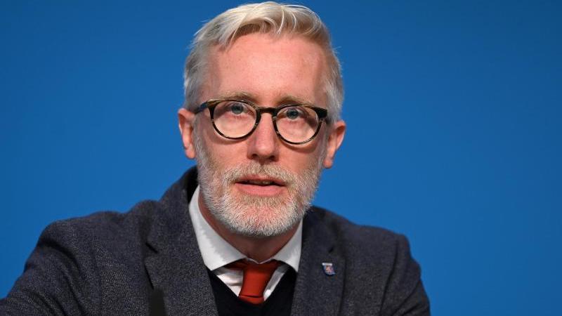 thuringens-staatskanzleichef-und-kulturminister-benjamin-immanuel-hoff-die-linke-foto-martin-schuttdpa-zentralbilddpaarchivbild