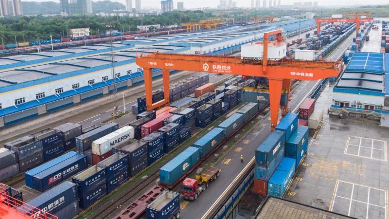 die-zweitgrote-volkswirtschaft-wuchs-im-dritten-quartal-um-49-prozent-im-vorjahresvergleich-foto-chen-sihanxinhuadpa