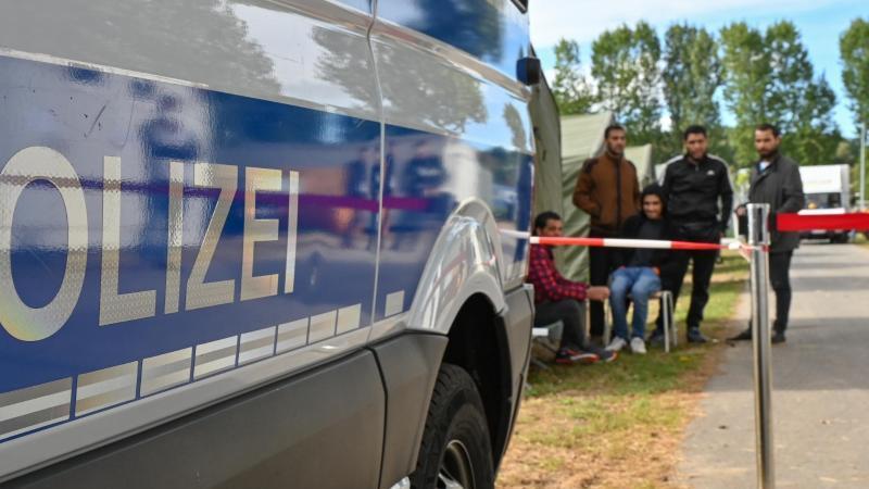 die-zentrale-erstaufnahmeeinrichtung-fur-asylbewerber-zabh-des-landes-brandenburg-foto-patrick-pleuldpa-zentralbildzb