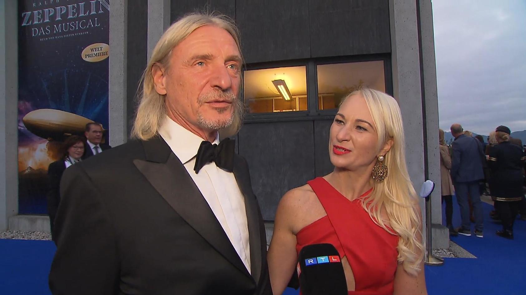 mit-blondine-bei-event-frank-otto-hat-er-eine-neue-freundin