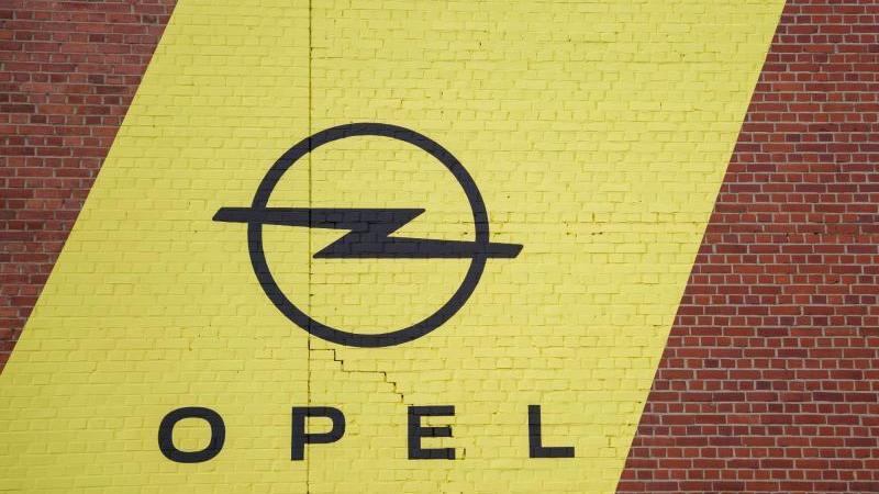 der-autohersteller-opel-hat-im-diesel-skandal-ein-bugeld-von-648-millionen-euro-akzeptiert-foto-andreas-arnolddpa