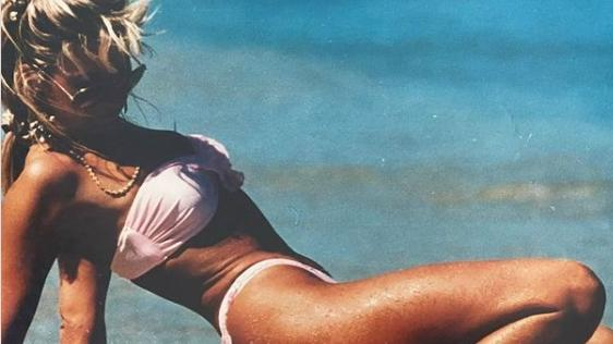 carmen-geiss-zeigt-sich-im-knappen-bikini-auf-instagram