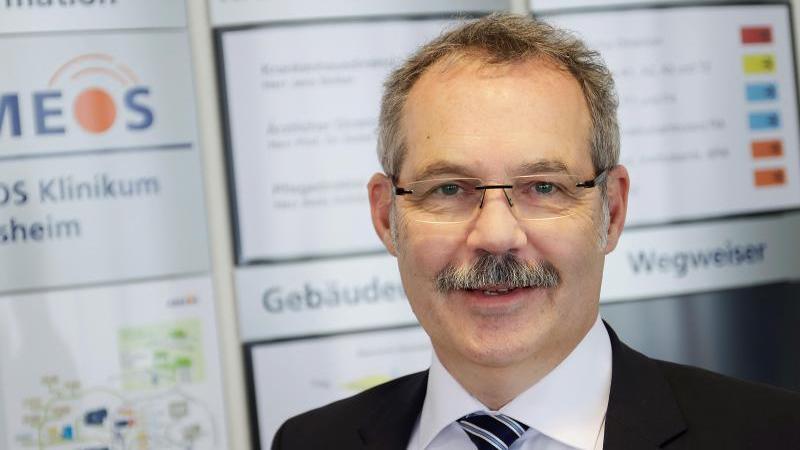 prof-detlef-e-dietrich-ist-arztlicher-direktor-am-ameos-klinikum-in-hildesheim-foto-werner-kaiserddietrichdpa-tmn