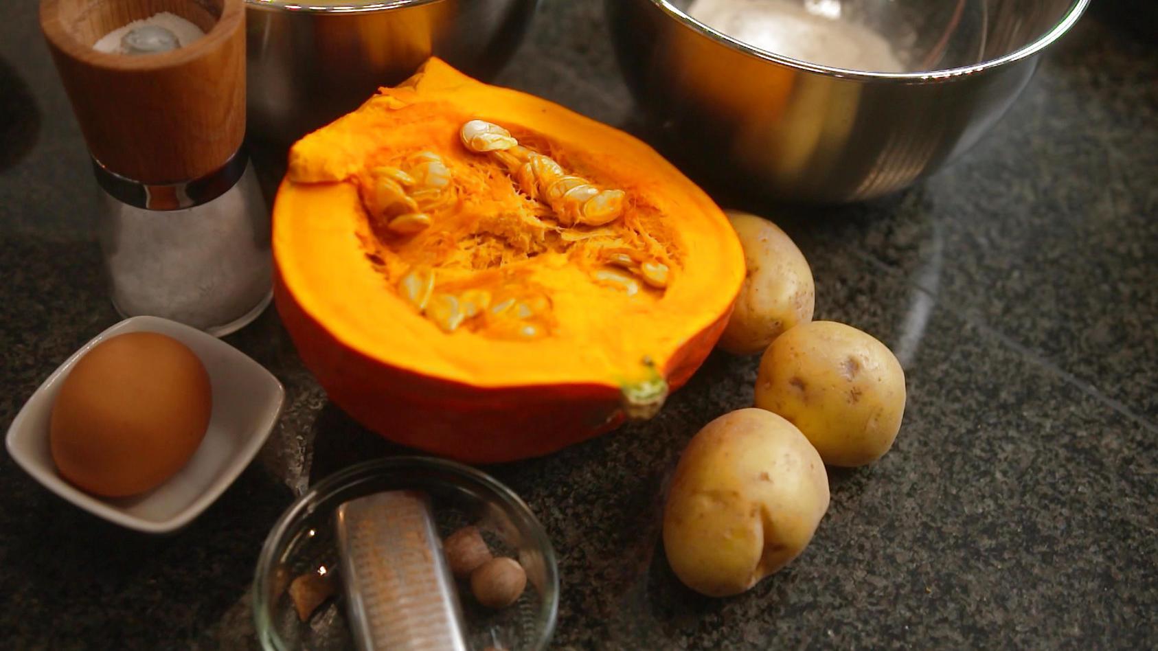 der-kurbis-kann-mehr-als-nur-suppe-wie-ware-es-mit-leckeren-kurbis-gnocchi-oder-brotchen