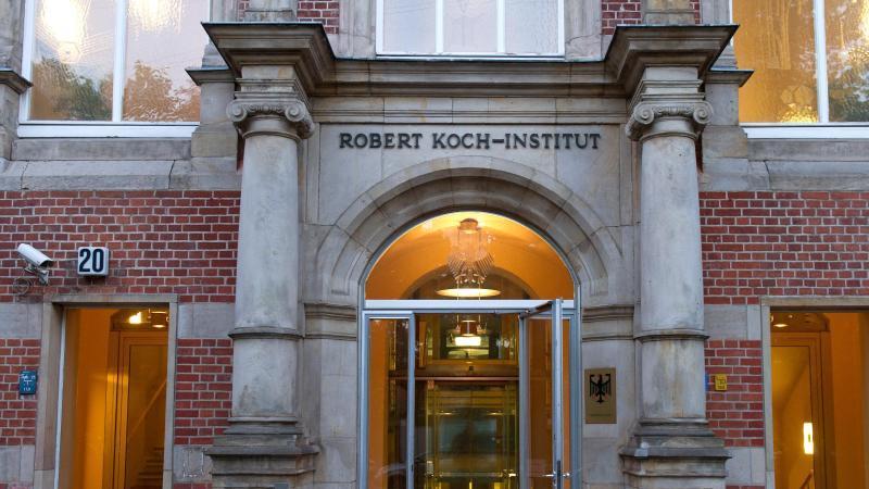 beurteilt-die-die-aktuelle-covid-19-lage-in-deutschland-das-robert-koch-institut-foto-tobias-kleinschmitdpa