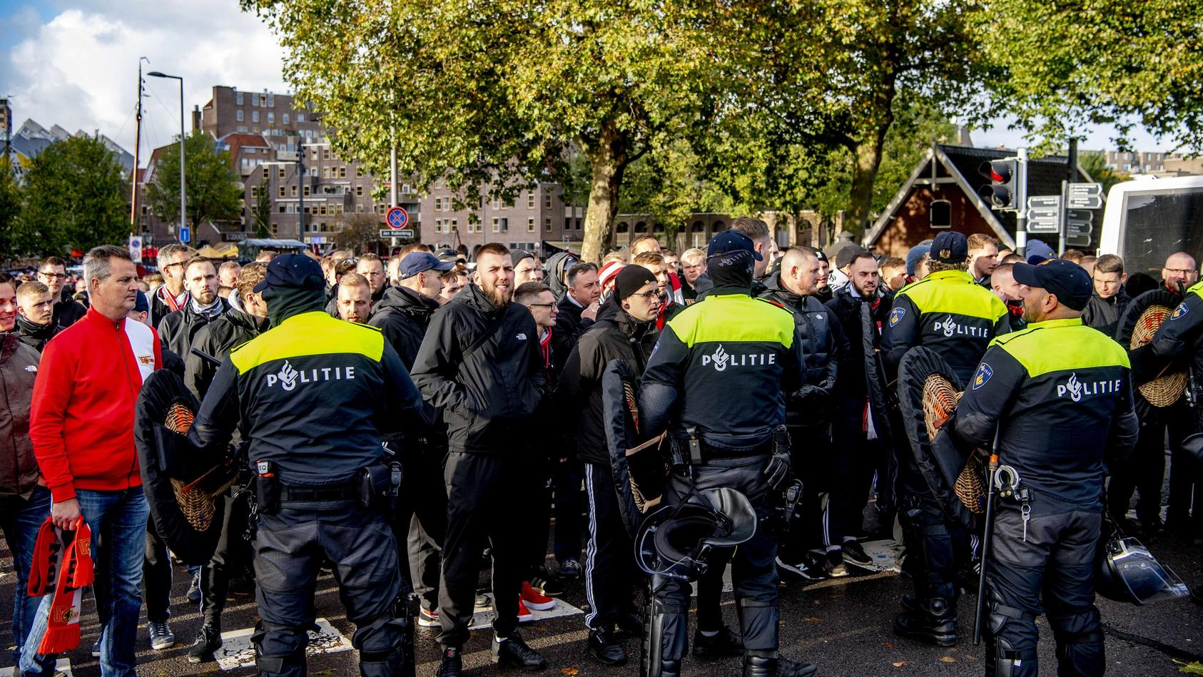 unions-traurige-europa-reise-die-schande-von-rotterdam