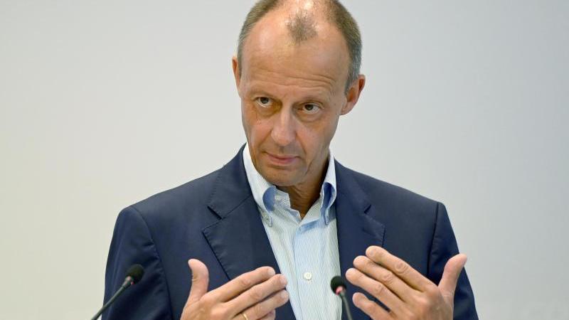 cdu-politiker-friedrich-merz-spricht-sich-gegen-eine-doppelspitze-in-seiner-partei-aus-foto-bernd-weibroddpa