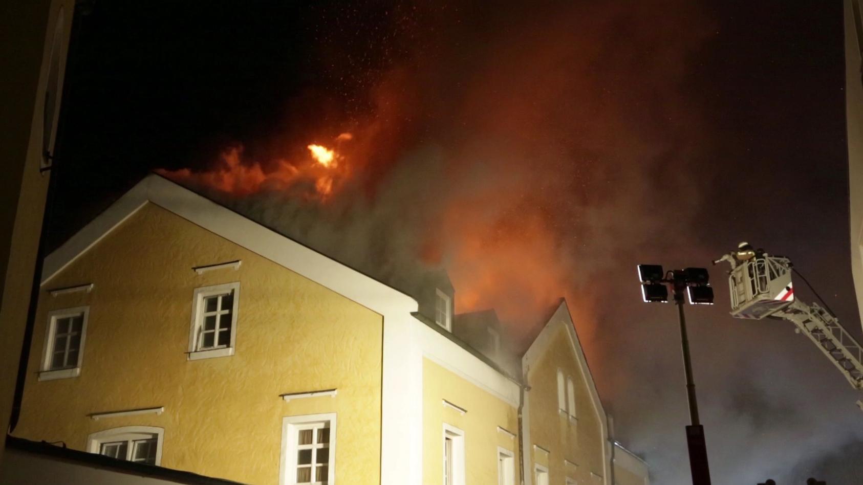 4 Tote in Brandhölle von Reisbach - Notkaiserschnitt! Ärzte versuchten noch, das Baby zu retten