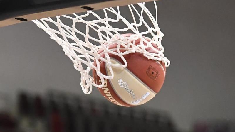in-der-basketball-bundesliga-lauft-der-5-spieltag-foto-thomas-kienzledpaarchivbild