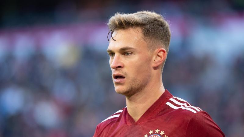 Bayern-Profi lehnt Impfung ab - Riesen-Debatte um Kimmich - DAS denken die Mitspieler