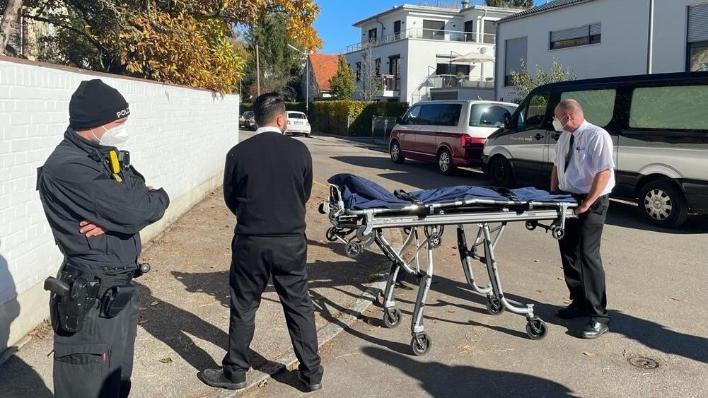 Mord in München-Bogenhausen - Mädchen (14) erstochen - Polizei sucht Ex-Freund (17)