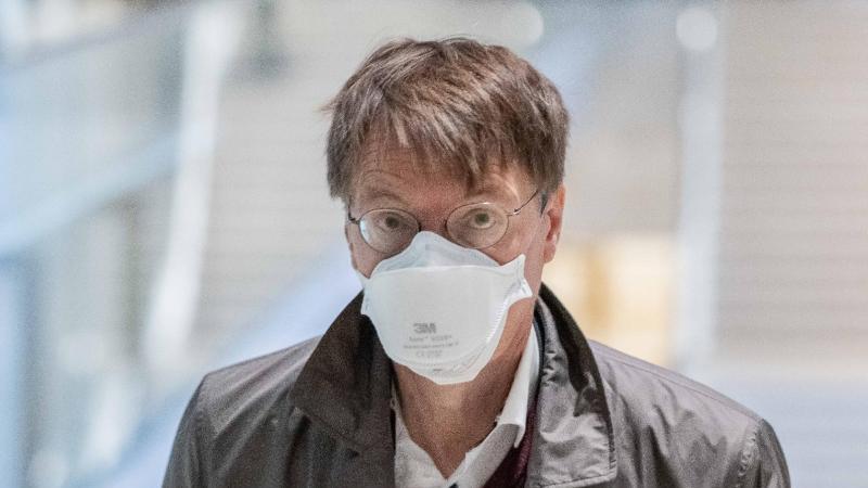 gesundheitsexperte-der-spd-karl-lauterbach-sorgt-sich-um-infektionen-bei-schulkindern