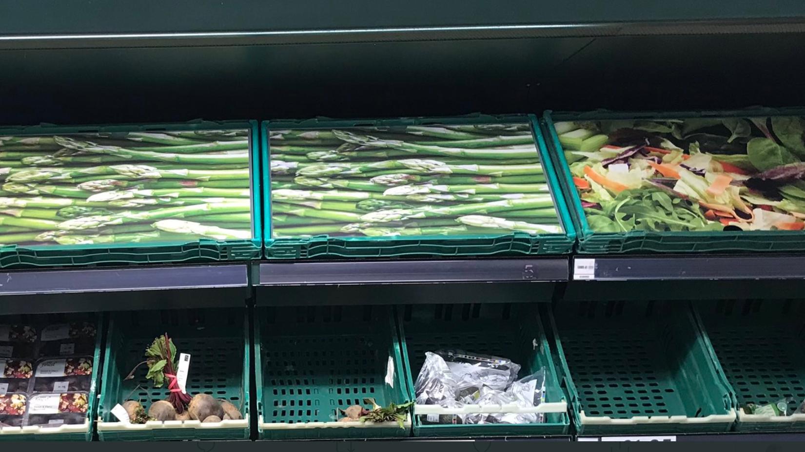 statt-echtem-gemuse-gibt-es-in-diesem-britischen-supermarkt-papp-spargel-und-salat