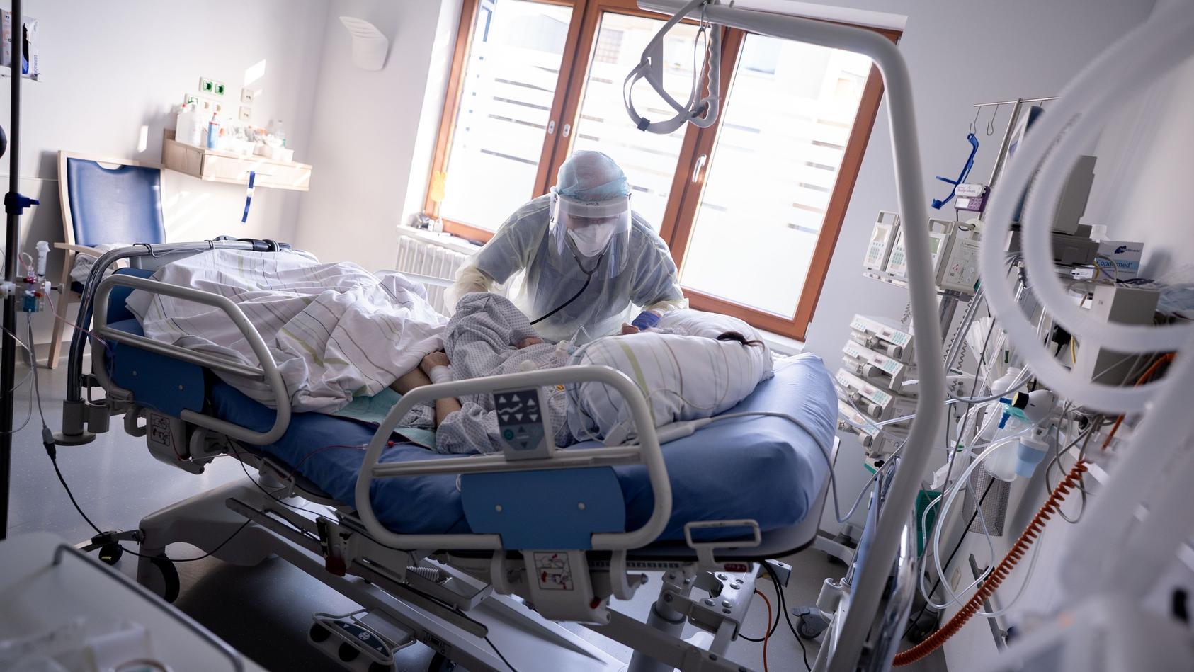 corona-liveticker-4000-intensivbetten-weniger-in-2021