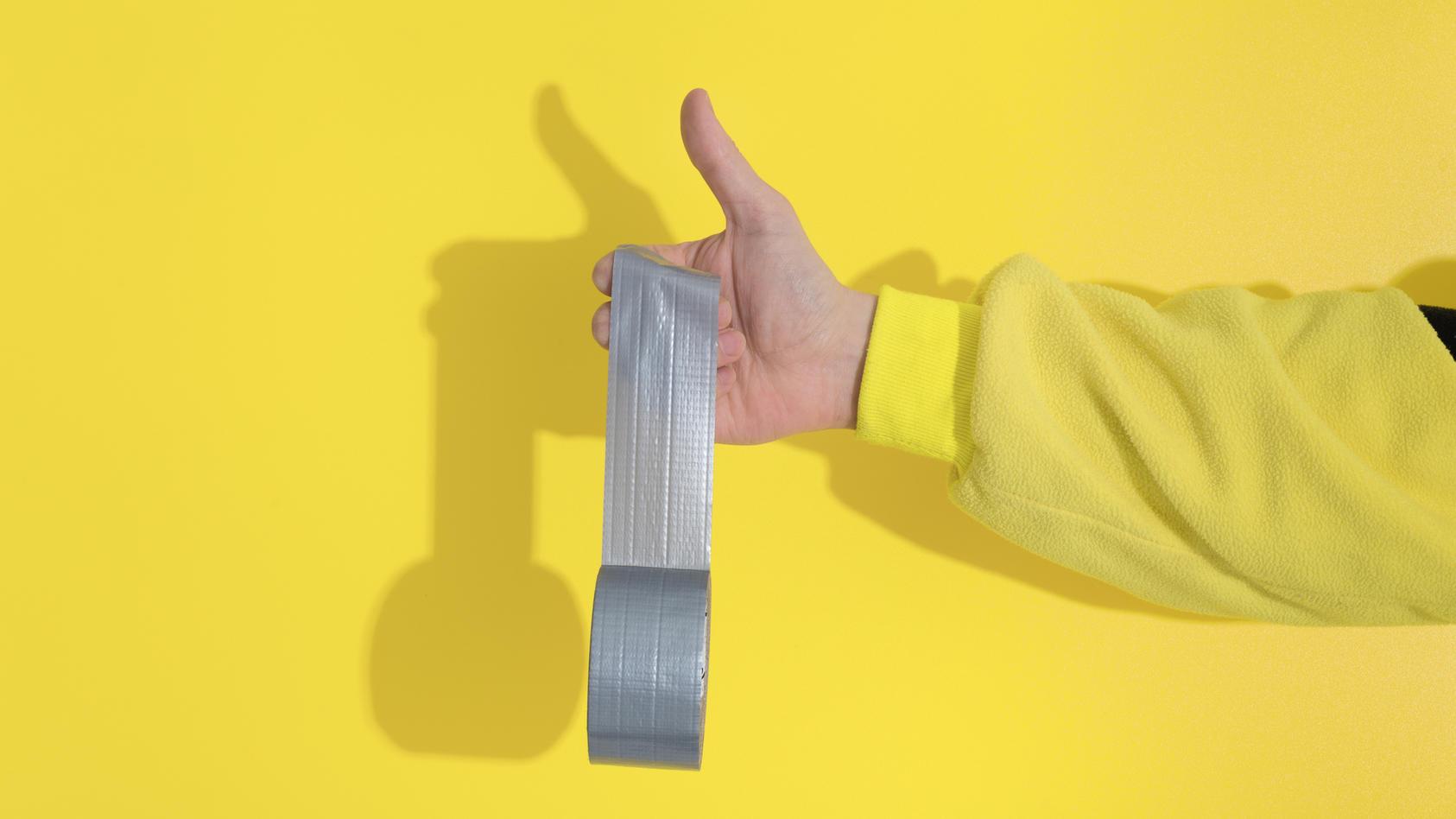 klebeband-kann-viel-mehr-als-einfach-nur-kleben-diese-tricks-sollten-sie-kennen