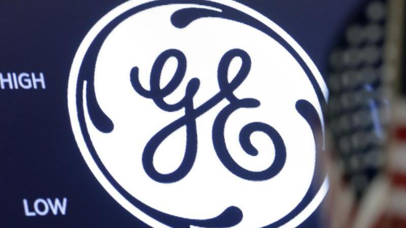 das-logo-von-general-electric-ge-ist-in-der-new-yorcker-borse-foto-richard-drewapdpa