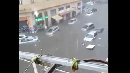 heftige-unwetter-auf-sizilien-irre-wassermassen-catania-sauft-ab