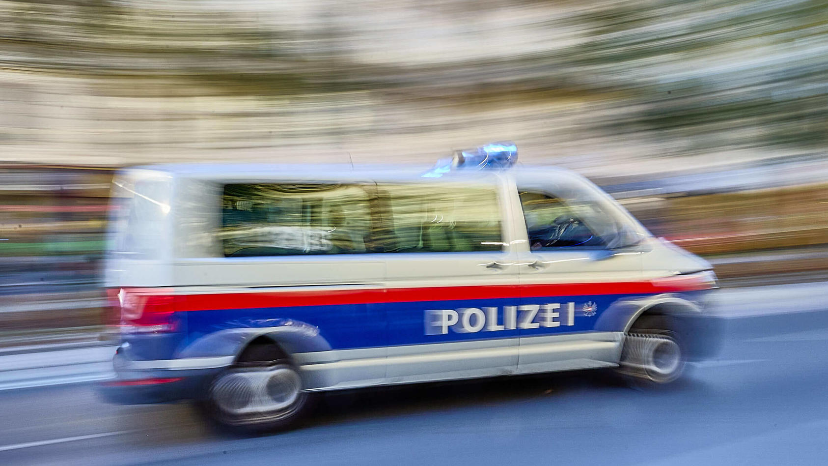 polizeieinsatz-in-wien-symbolfoto