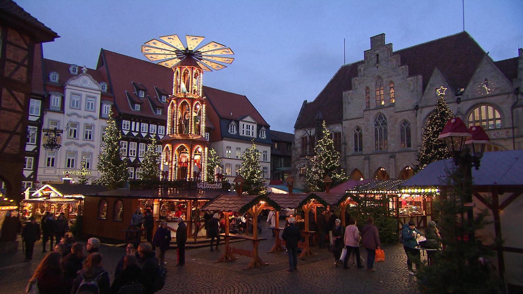 nach-einer-coronabedingten-pause-sollen-in-diesem-jahr-auch-wieder-weihnachtsmarkte-in-niedersachsen-moglich-sein