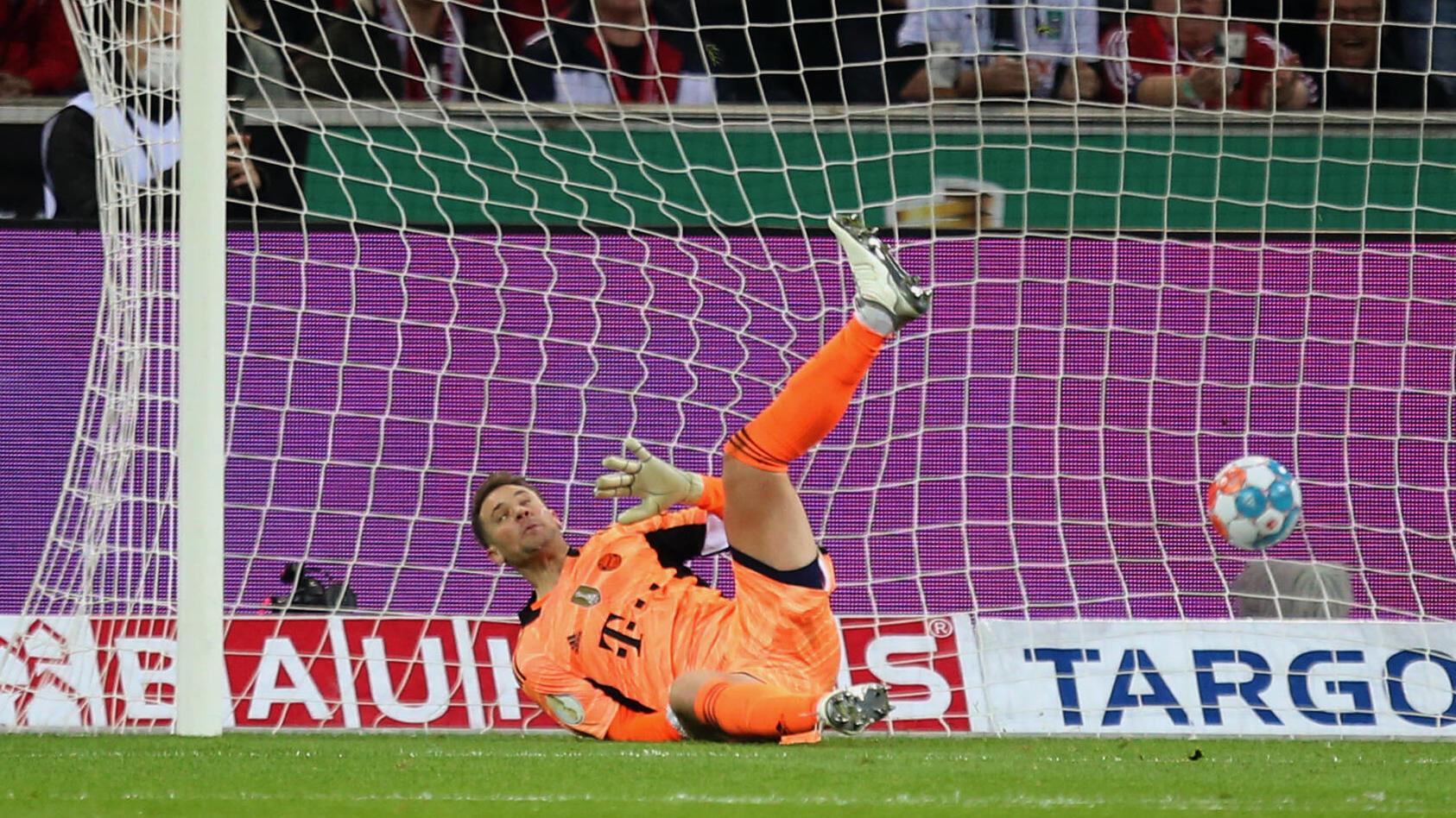 WAS. EIN. POKALABEND! - 5:0 - M'gladbach macht Bayern platt