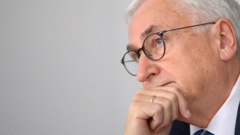 michael-richter-cdu-finanzminister-des-landes-sachsen-anhalt-im-gesprach-foto-klaus-dietmar-gabbertdpa-zenralbildzb