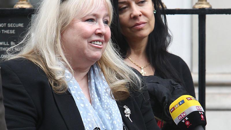 Robin Gibbs Ehefrau Dwina schöpft Kraft von ihren Fans.