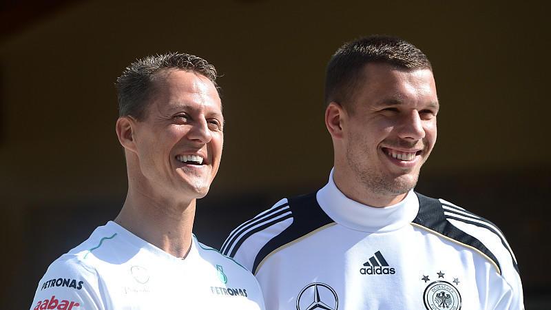 Die Rheinländer Michael Schumacher und Lukas Podolski sind schon länger befreundet.