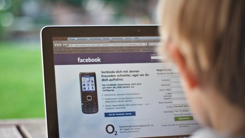 Vor allem auf  junge Kinder können soziale Netzwerke negative Effekte haben.
