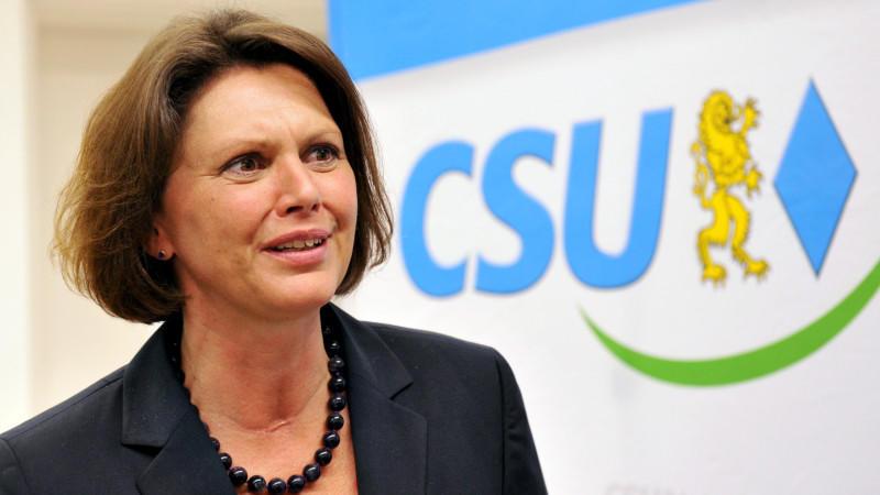 Mit dem Vorstoß von Verbraucherschutzministerin Aigner soll die Vergabe von Antibiotika in der Tiermast besser kontrolliert werden.