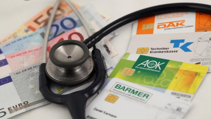 bei-extraleistungen-sollte-man-zuerst-bei-der-eigenen-krankenkasse-nachfragen-was-sie-im-angebot-hat