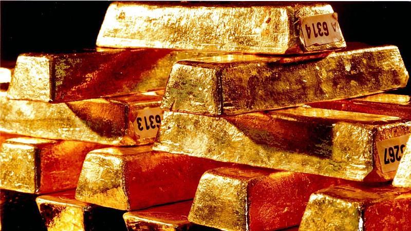 2011 verfügte die Bundesbank über 3.396 Tonnen Gold. Aktuell wird der Wert der Goldreserven auf 143 Mrd. Euro geschätzt.