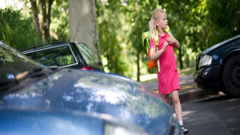 Der Weg zu Schule birgt viele Tücken in sich - die Polizei in Gütersloh zählt nun auch Helikoptereltern dazu (Motivbild).