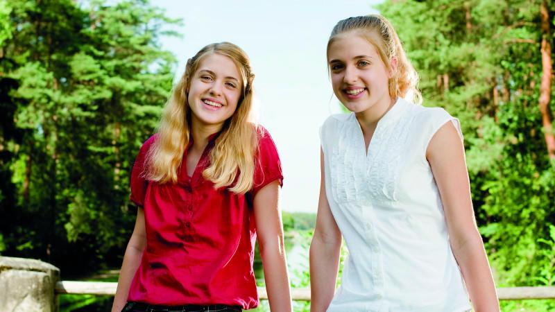 Filmkritik zu 'Hanni & Nanni 3': Mon Dieu, es spukt auf Lindenhof!