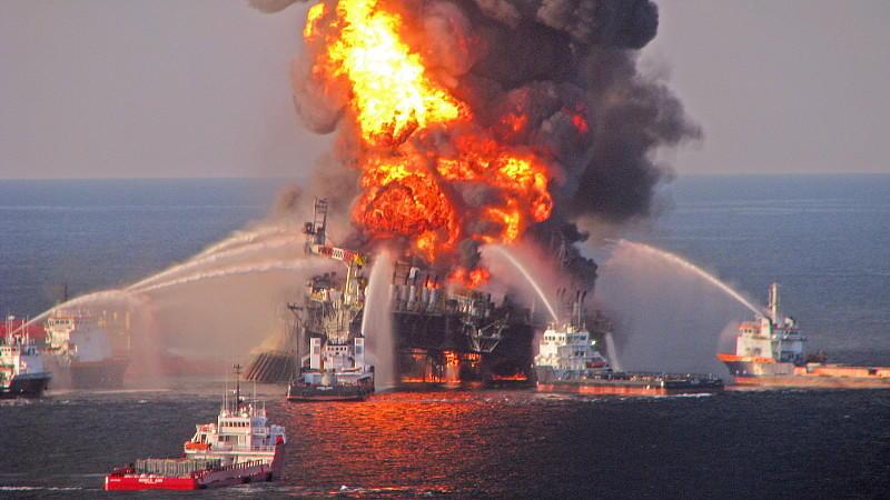 Bei der 'Deepwater Horizon'-Katastrophe 2010 starben elf Menschen. Es kam zur größten Öl-Pest vor US-Gewässern.